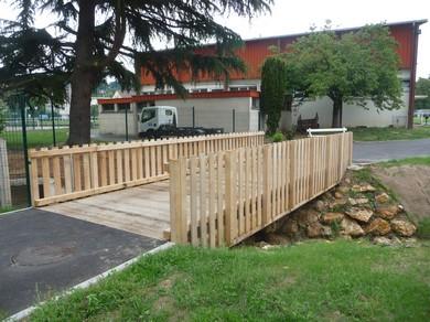 Passerelles mixte bois m tal passage v hicule marcanterra bois et plantes ouvrages - Passerelle en bois pour jardin ...